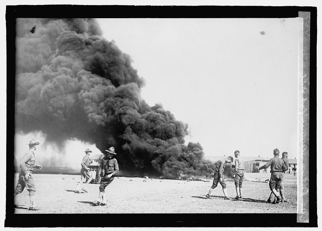 Soldiers in dismay after observation balloon accident. Balloon accident, Fort Sill. , None. [Between 1918 and 1921] [Photograph] Retrieved from the Library of Congress, https://www.loc.gov/item/npc2008001042/.